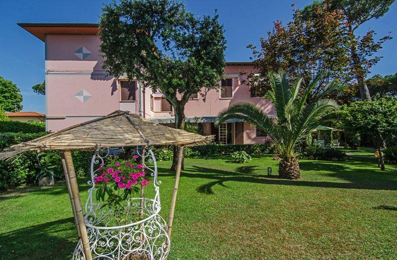 Hotel Ambra (Forte dei Marmi) Versilia